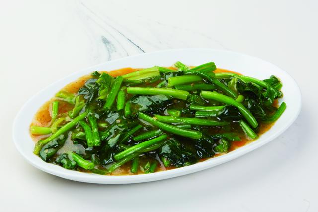 青菜のスパイシー炒め